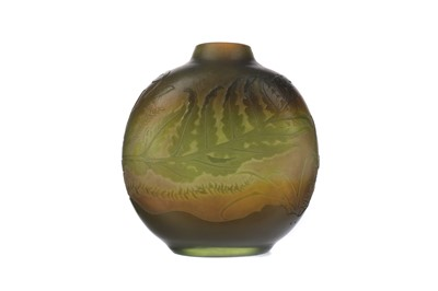 Lot 1092 - A GALLE CAMEO VASE