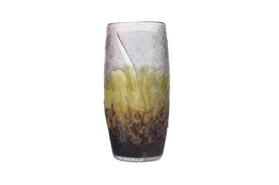 Lot 1097 - A DAUM CAMEO GLASS VASE