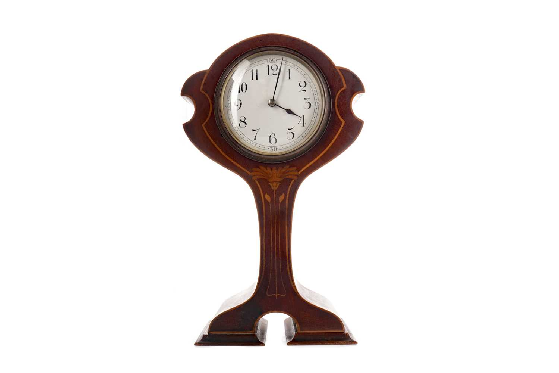 Lot 1723 - AN ART NOUVEAU MANTEL CLOCK