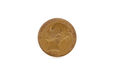Lot 22 - A GOLD SOVEREIGN DATED 1869