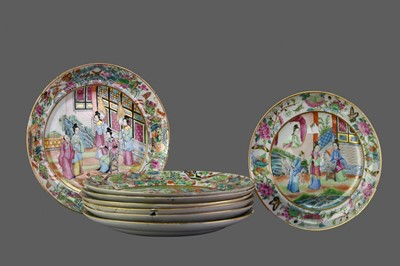 Lot 95 - A SET OF SIX LATE 19TH CENTURY CHINESE FAMILLE ROSE PLATES, ALONG WITH TWO OTHERS