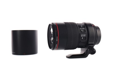 Lot 1810 - A CANON 100 MM MACRO 2.8 L IS USM