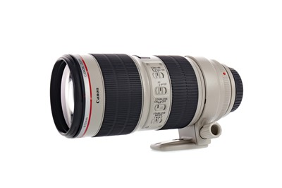 Lot 1807 - A CANON 70-200 2.8 L IS II USM LENS