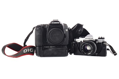 Lot 1780 - A CANON EOS 40D CAMERA