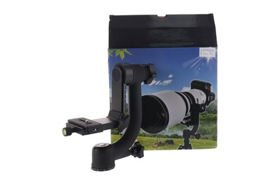 Lot 1771 - A MANFROTTO 679B MONOPOD, MANFROTTO MHXPRO, 3W TRIPOD HEAD AND SHOOT GIMBAL HEAD