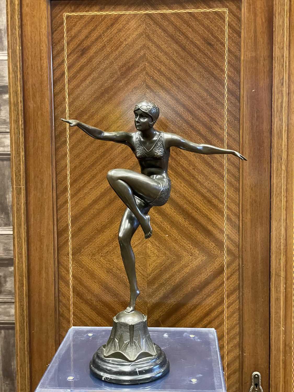 Lot 1349 - AN ART DECO STYLE BRONZE FIGURE OF A DANCER AFTER FERDINAND PRIESS