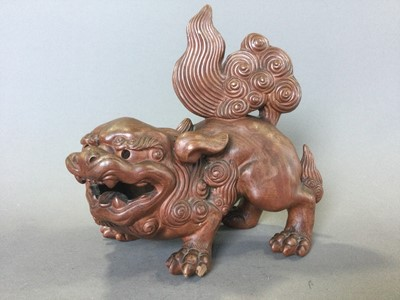 Lot 50 - A 20TH CENTURY CHINESE TERRACOTTA FIGURE OF A FOE DOG