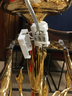 Lot 1345 - A PAIR OF ITALIAN MID-CENTURY CONTEMPORARY DESIGN CHANDELIERS