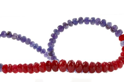 Lot 455 - A RUBY AND TANZANITE BEAD NECKLACE