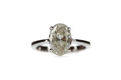 Lot 356 - A CERTIFICATED DIAMOND SOLITAIRE RING