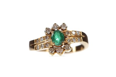 Lot 444 - GREEN GEM SET AND DIAMOND RING