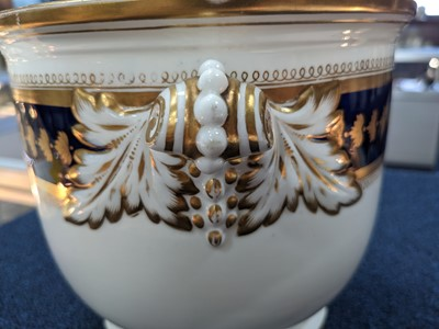 Lot 11 - A MID-19TH CENTURY CONTINENTAL PORCELAIN WINE COOLER