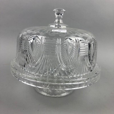 Lot 16 - A CUT GLASS CAKE STAND/PUNCH BOWL
