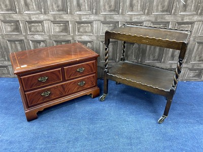 Lot 86 - A MAHOGANY TWO TIER TROLLEY AND A REPRODUCTION CABINET