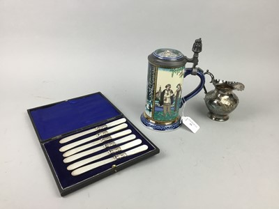 Lot 39 - A LOT OF SILVER PLATED CIRCULAR TRAY ALONG WOTH CASED AND LOOSE CUTLERY