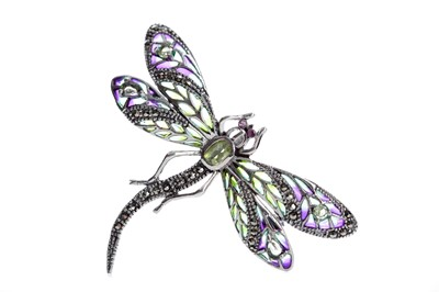 Lot 497 - A PLIQUE A JOUR DRAGONFLY BROOCH