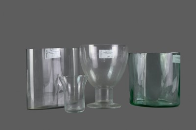 Lot 38 - A LOT OF THREE GLASS VASES ALONG WITH A PEDESTAL BOWL