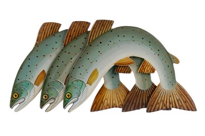 Lot 1646 - FOLK ART - A SET OF THREE CARVED AND PAINTED LEAPING SALMON