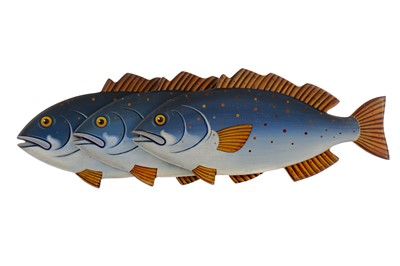 Lot 1647 - FOLK ART - A SET OF THREE CARVED AND PAINTED BASS