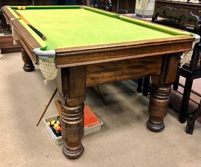 Lot 1672 - AN EDWARDIAN OAK FRAMED HALF SIZE BILLIARDS TABLE