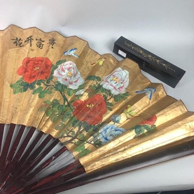Lot 59 - A LARGE 20TH CENTURY CHINESE PAINTED FAN AND ANOTHER FAN