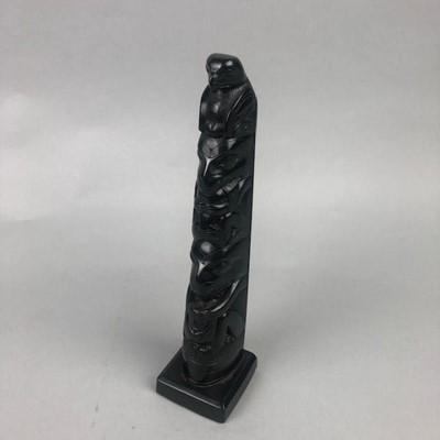 Lot 55 - A SMALL CANADIAN EBONISED TOTEM