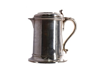 Lot 494 - MILITARY INTEREST - A VICTORIAN SILVER FLAGON WITH PRESENTATION INSCRIPTION