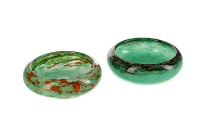 Lot 1007 - TWO EARLY 20TH CENTURY MONART GLASS PIN DISHES
