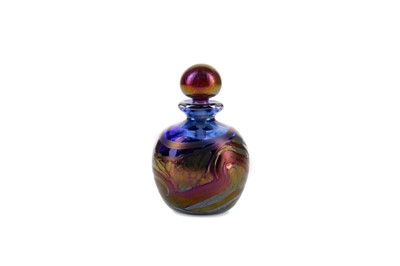 Lot 1016 - A SMALL CANMONA GLASS PERFUME BOTTLE
