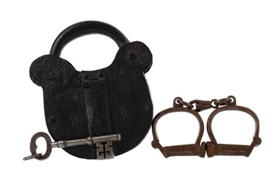 Lot 1686 - A PAIR OF EARLY 20TH CENTURY HIATT CAST METAL HANDCUFFS, ALONG WITH A LOCK, AND A KEY