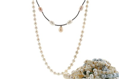Lot 1421 - NINE PEARL NECKLACES