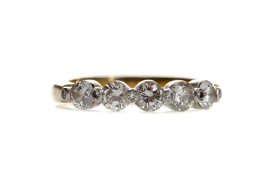 Lot 1378 - DIAMOND DRESS RING