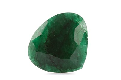 Lot 954 - A CERTIFICATED UNMOUNTED EMERALD