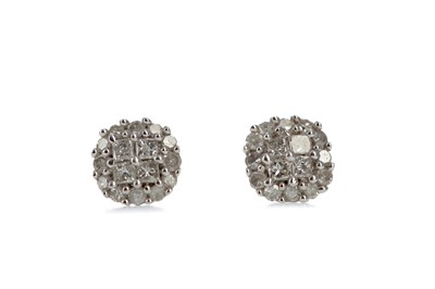 Lot 1410 - A PAIR OF DIAMOND CLUSTER STUD EARRINGS