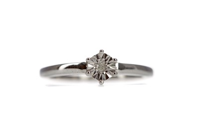 Lot 1398 - A DIAMOND SOLITAIRE RING
