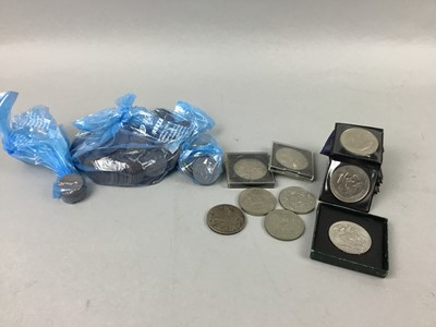 Lot 29 - A LOT OF EARLY 20TH CENTURY COINS