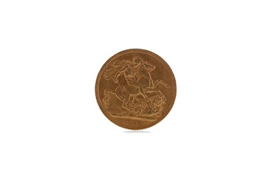 Lot 34 - A GOLD SOVEREIGN DATED 1913