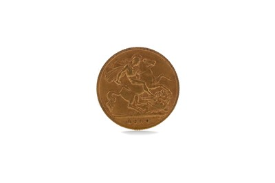 Lot 37 - A GOLD HALF SOVEREIGN DATED 1910