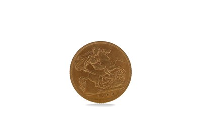 Lot 38 - A GOLD HALF SOVEREIGN DATED 1904