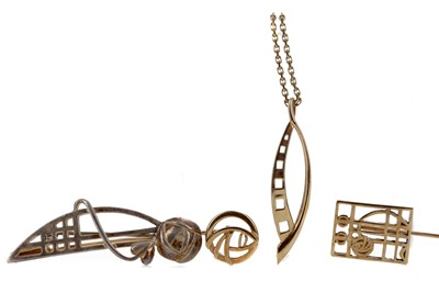Lot 302 - A COLLECTION OF RENNIE MACKINTOSH STYLE JEWELLERY