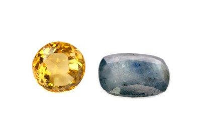 Lot 315 - A CERTIFICATED UNMOUNTED SAPPHIRE AND A CITRINE