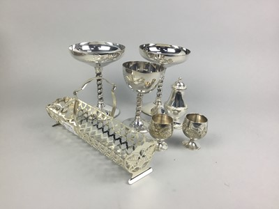 Lot 61 - A LOT OF SILVER PLATED ITEMS