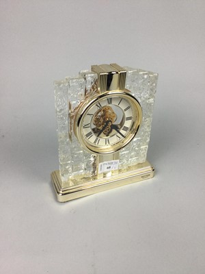 Lot 60 - A MANTEL CLOCK, BRONZED GROUP AND TWO PIECES OF WEDGWOOD