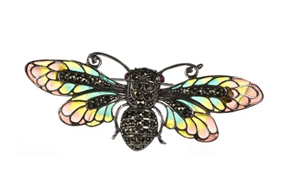 Lot 334 - A PLIQUE A JOUR FLY BROOCH
