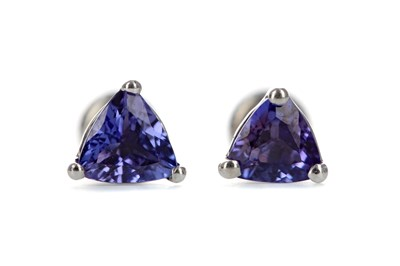 Lot 389 - A PAIR OF TANZANITE STUD EARRINGS