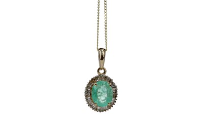 Lot 399 - AN EMERALD AND DIAMOND PENDANT