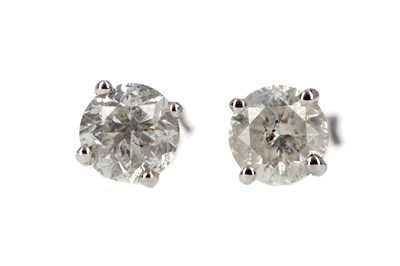 Lot 447 - A PAIR OF DIAMOND STUD EARRINGS