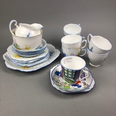 Lot 94 - A GRAFTON CHINA PART TEA SERVICE AND OTHER TEA WARE