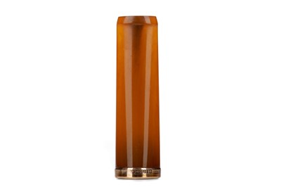 Lot 812 - A VICTORIAN AMBER CHEROOT HOLDER