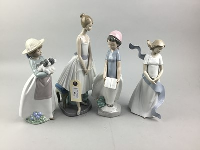 Lot 41 - A LOT OF NAO FIGURES